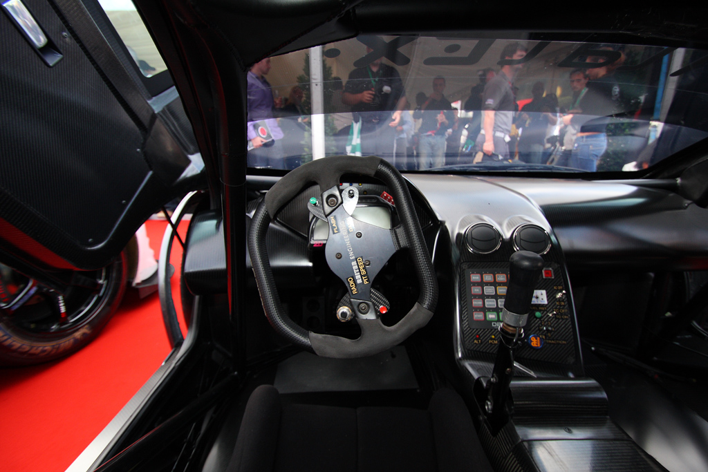 Cockpit_Lamborghini_2010